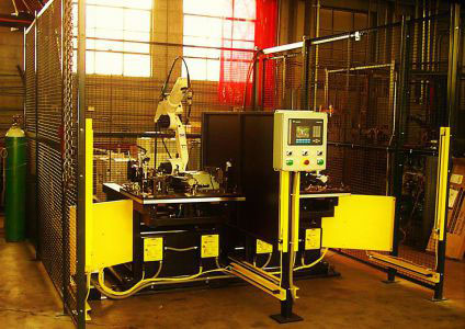 Shuttle Table System for Robotic MIG Welding